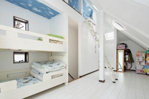 かわいい子供部屋のある家