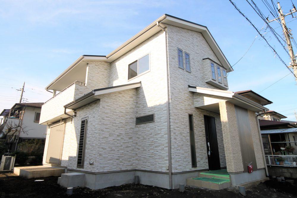 階段がコンパクトの家