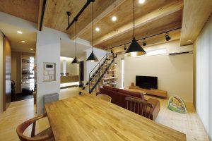 【〜木の温もりを肌で感じることができる、毎日が過ごしやすい快適な家〜(前編) 施工事例・Mさま邸】
